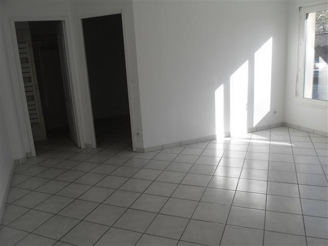 Appartement Epernon 4/8